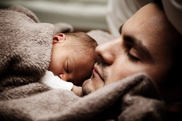 Trámites baja de paternidad online